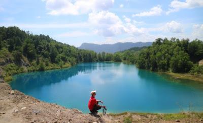 Tempat Wisata Sumatera Barat : Danau Biru Sawahlunto