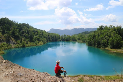 Danau Biru Sawahlunto: Destinasi Wisata Bekas Galian Tambang yang Elok Dipandang