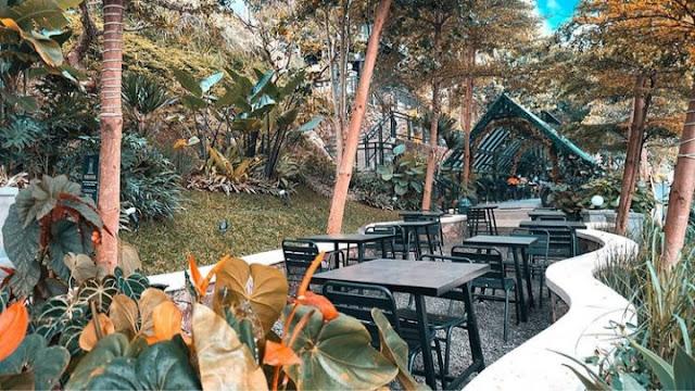 daftar harga menu kopi bawah pohon cafe bandung, harga menu kopi bawah pohon cafe bandung, alamat lokasi kopi bawah pohon cafe bandung, menu kopi bawah pohon cafe bandung