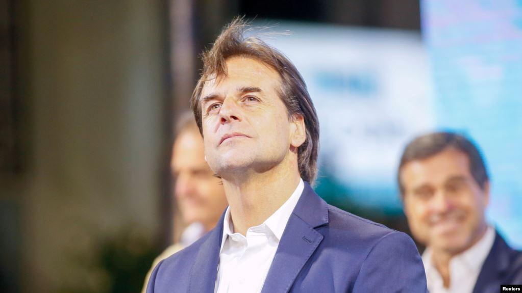 Lacalle Pou había obtenido una ventaja de apenas más de un punto de diferencia sobre su contrincante, Daniel Martínez, en las elecciones del domingo / REUTERS