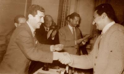 José Perales, recogiendo su premio