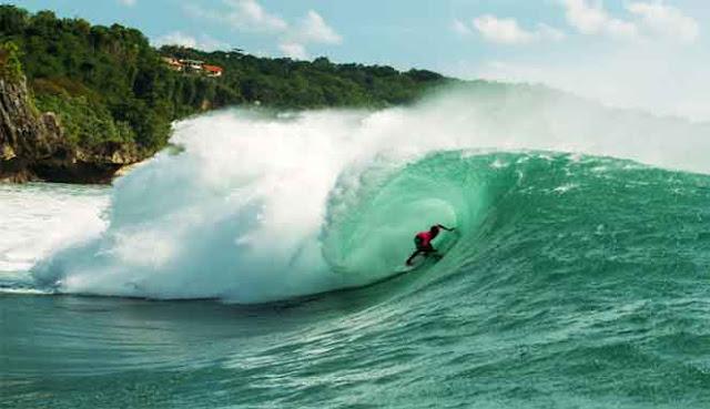 yaitu nirwana bagi penggemar surfing kelas dunia 7 TEMPAT SURFING TERBAIK DI BALI