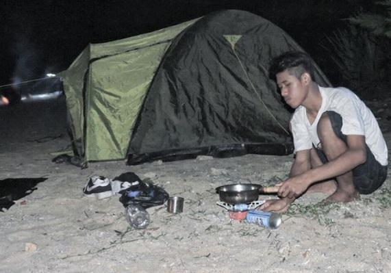camping-pantai-pringjono