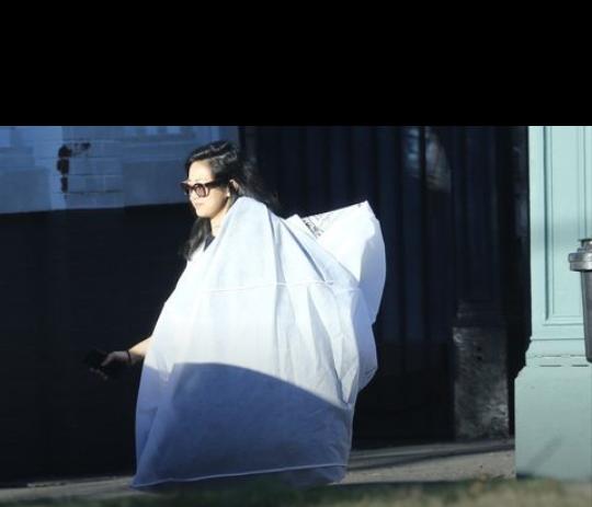 Serena Williams' wedding dress arrives in mystery bag
