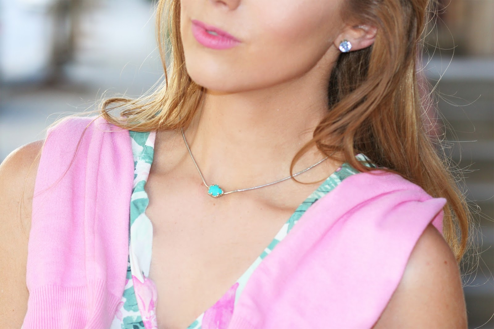 Kendra-scott-summer-style-delicate-everyday-necklace