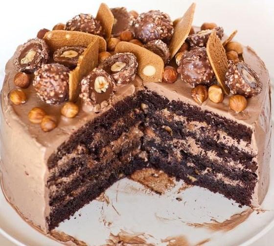 FERRERO ROCHER CAKE #Cake #Dessert