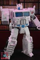 Transformers Kingdom Ultra Magnus 47