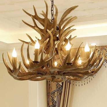Bộ sưu tập đèn thả trần kiểu dáng sừng nai  độc đáo nhất hiện nay