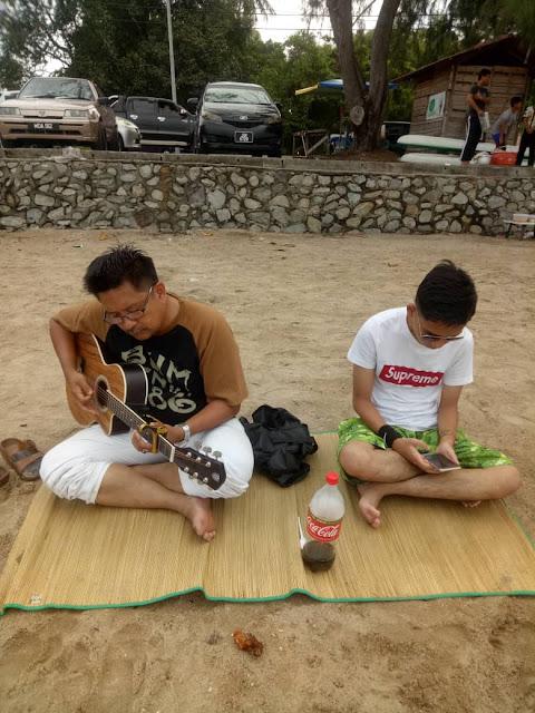 ARIQ AZHAFI aka TIMEBOY Remaja Autisme Berjaya Dalam Seni Muzik di Malaysia