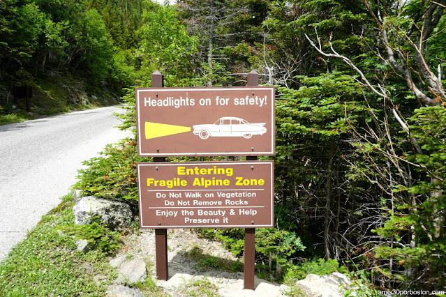 Señales Avisando de la Fragilidad de la Zona Alpina