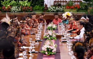 *Presiden Jokowi Akan Tempatkan 1.000 Sarjana Muda Papua di BUMN