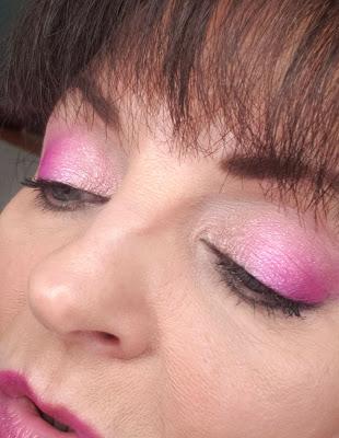 bright pink eye shadow look