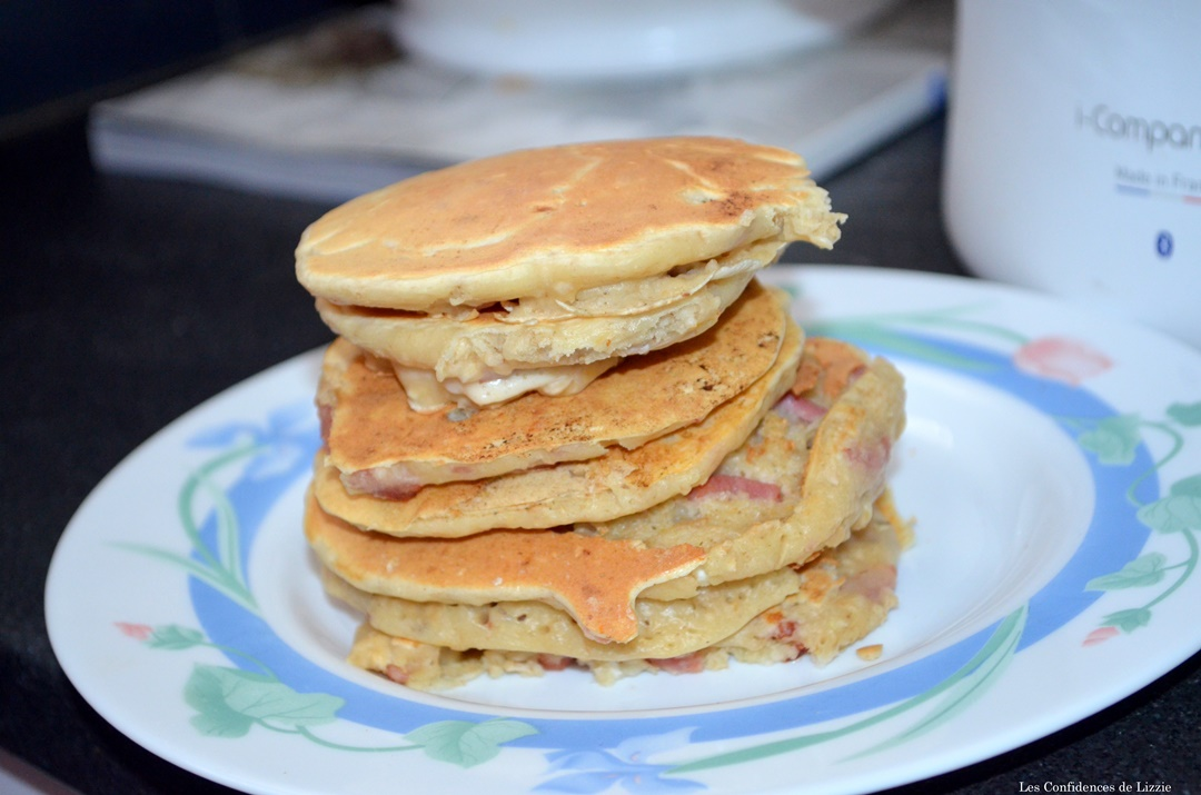 mes-pancakes-legers-bacon-fromage