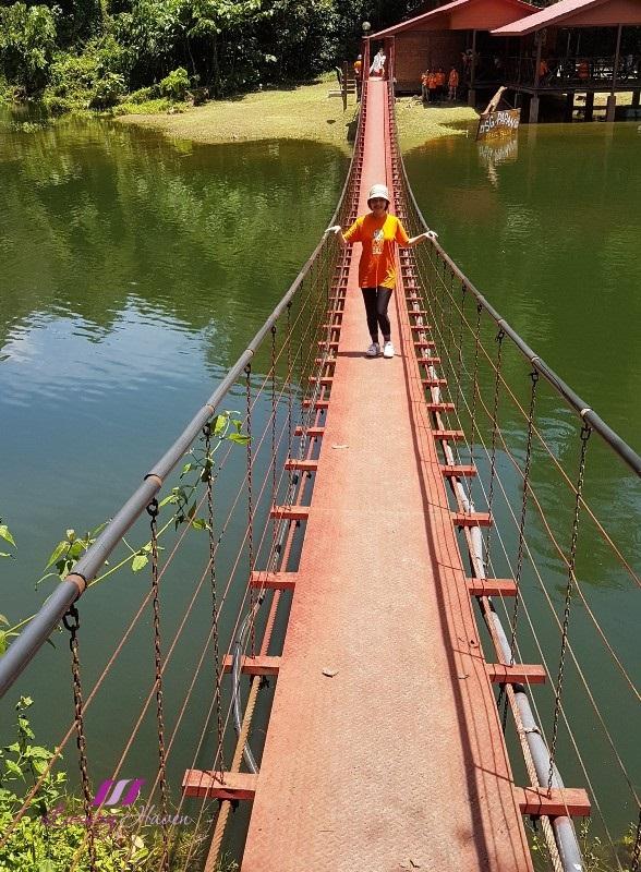 royal belum state park sg papan suspension bridge