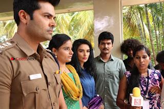 Ganesh Venkatraman Swetha Menon Starring Inaiyathalam Movie Stills  0010.JPG