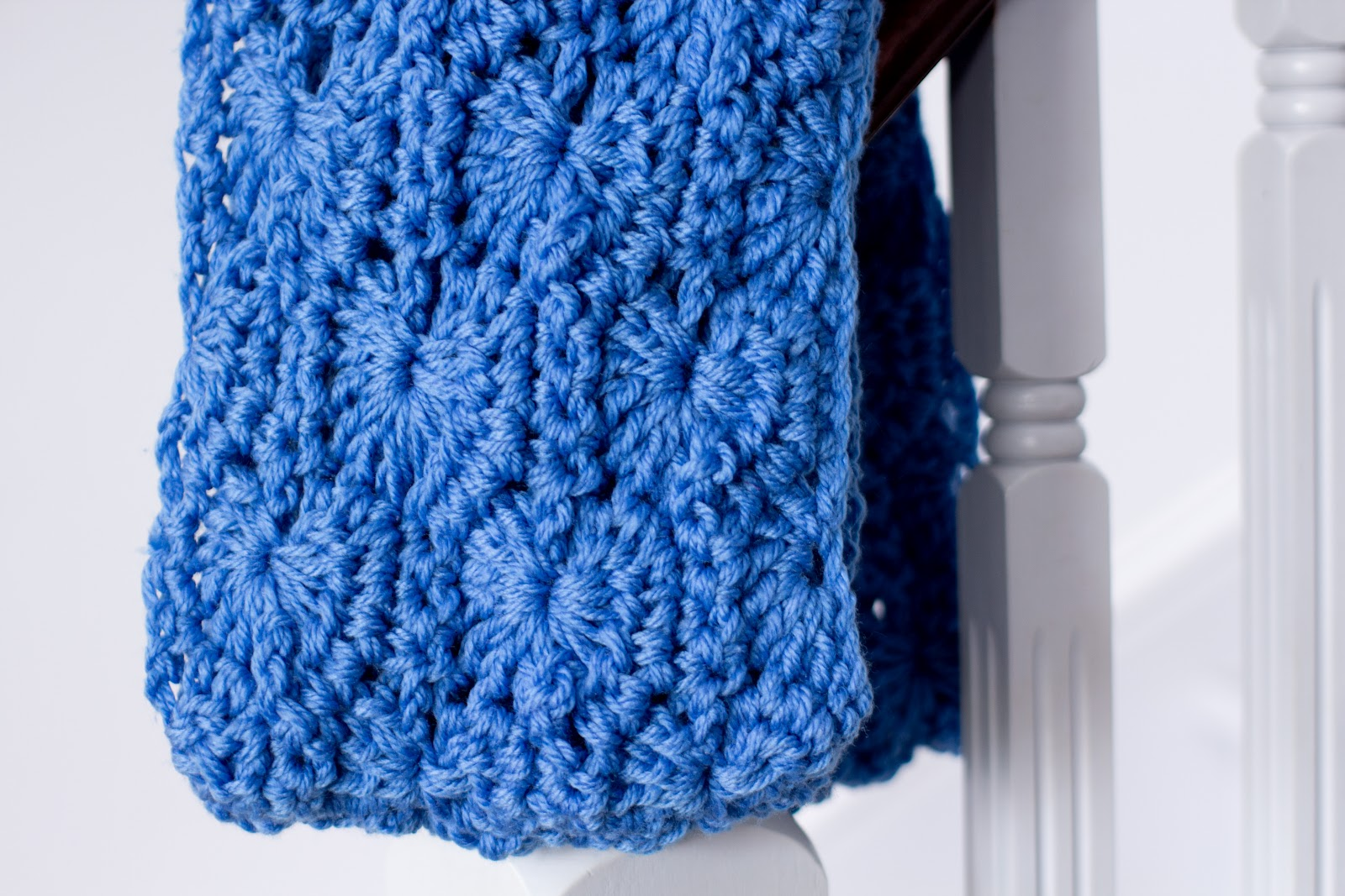 Chunky Infinity Scarf Pattern - CrochetMe