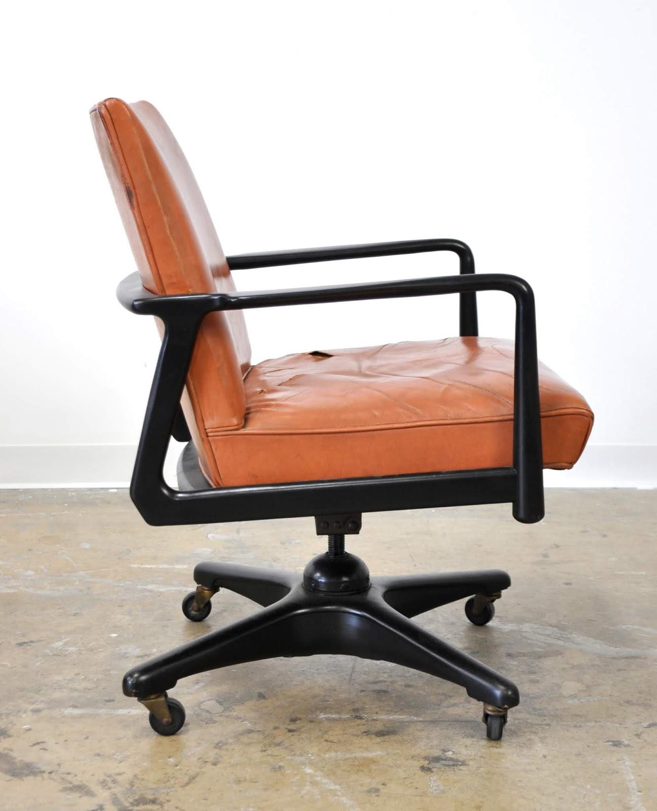 SELECT MODERN: Stow And Davis Ebonized Walnut And Leather