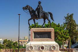 Atlı Atatürk Heykeli mimarı kimdir?