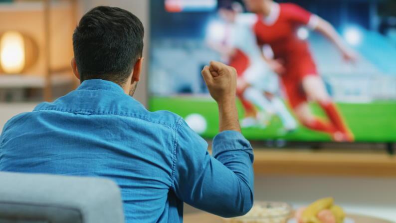 Ver fútbol gratis en Android Licencia Adobe Stock