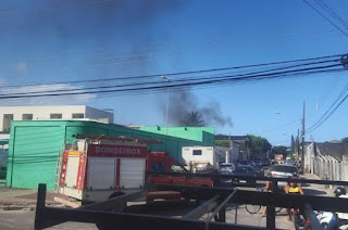http://vnoticia.com.br/noticia/4354-aviao-monomotor-cai-e-deixa-um-morto-e-um-ferido-em-guarapari
