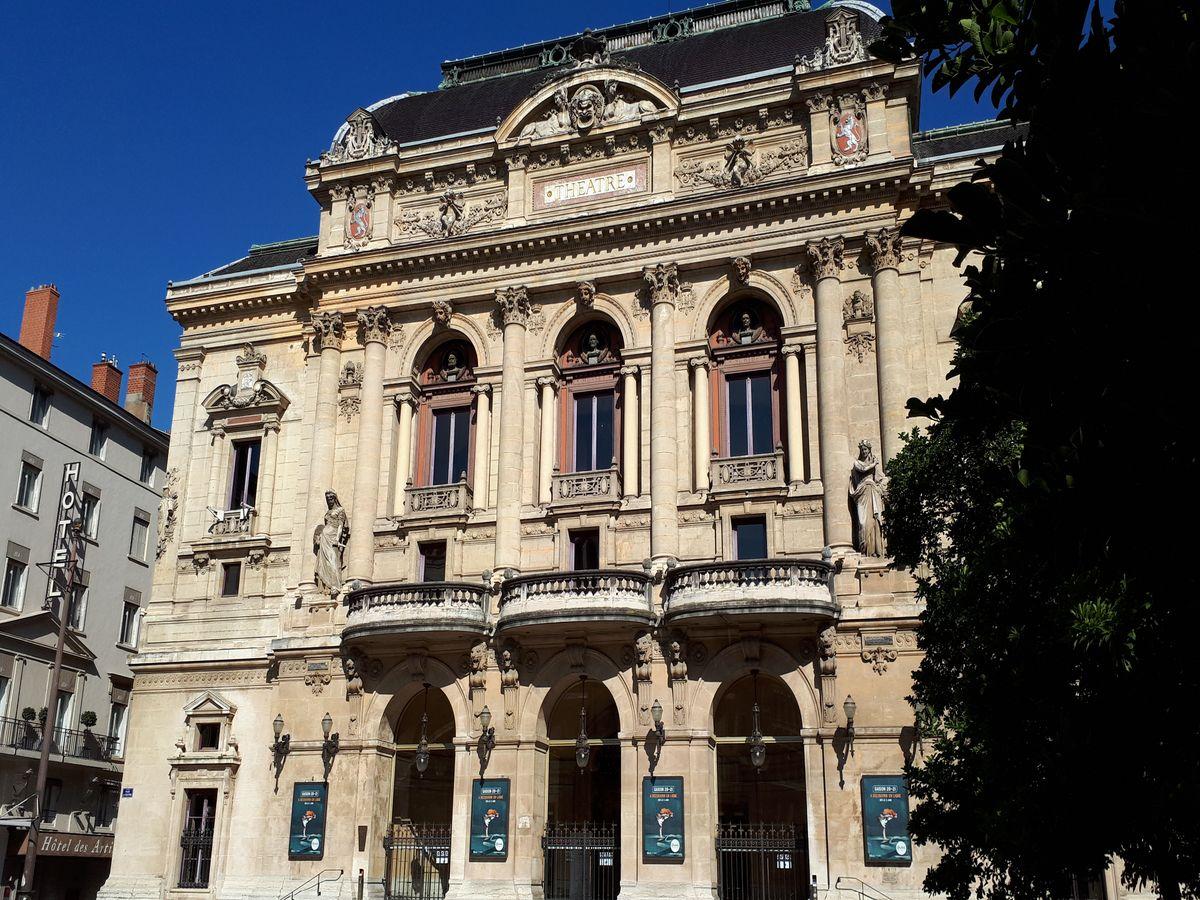 place des celestins lyon theatre