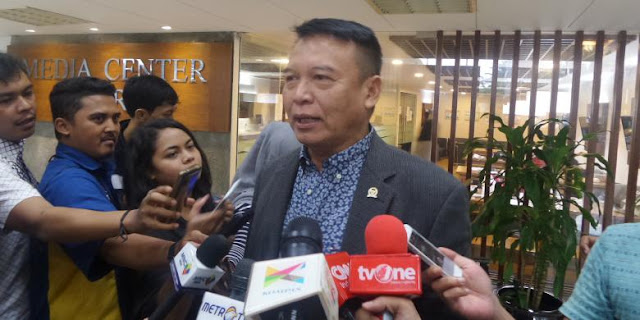 Ridwan Kamil Gabung PDIP, TB Hasanuddin: Selamat Datang Ridwan Kamil di Partai yang Kita Banggakan