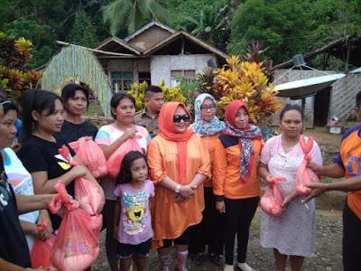 Nursiwin Landjar Dunggio Sambangi Korban Banjir Molobog