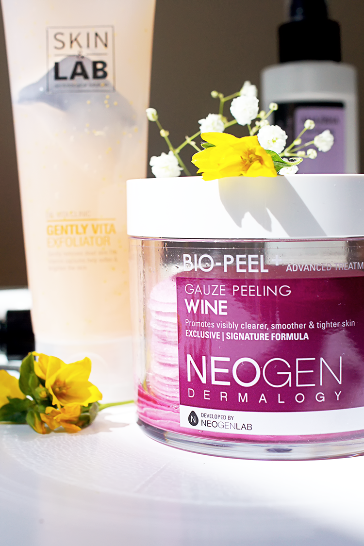treat-prevent-acne-korean-skincare-neogen-wine-gauze-pad-exfoliator-review