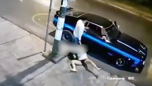 """Video: Guardia Nacional bien """"macho y envalentonado"""" la arrastra del cabello, la sube al coche y luego la policía le encuentra 60 kilos de coca"""