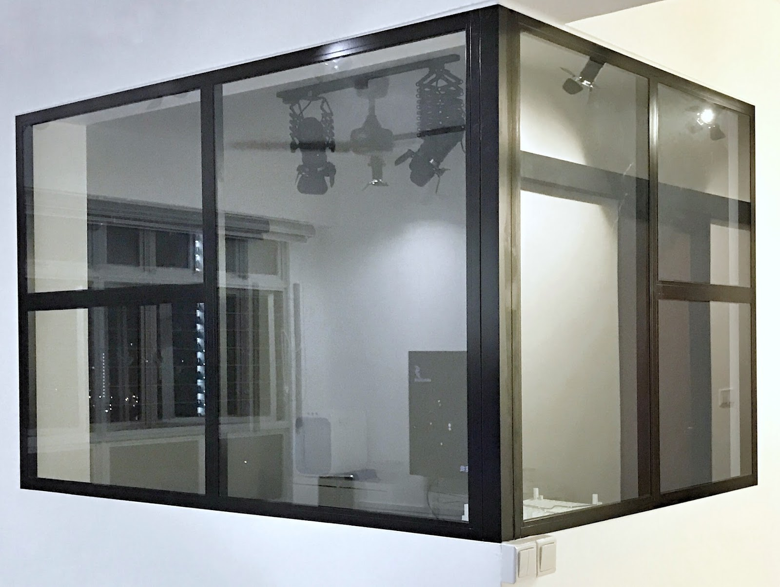 Room Glass Partition Kitchen Fixed Glass Panels Plus Swing Door