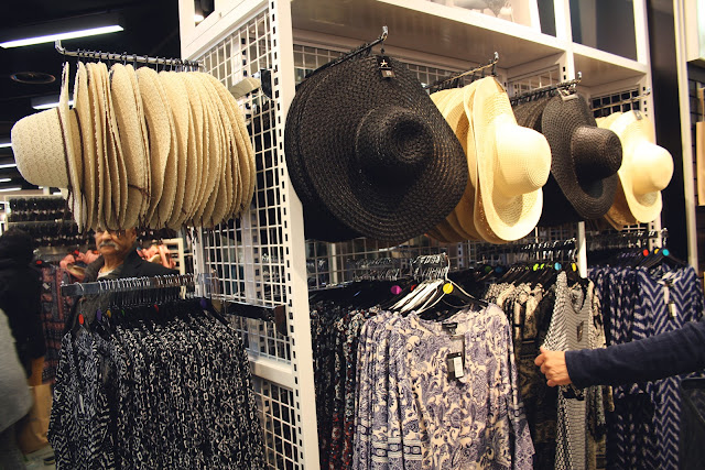 Collection Femme Chapeau et Chemisiers