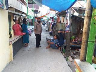 Tingkatkan Sambang, Bhabinkamtibmas Pulau Barrang Caddi Ajak Warga Jaga Kamtibmas