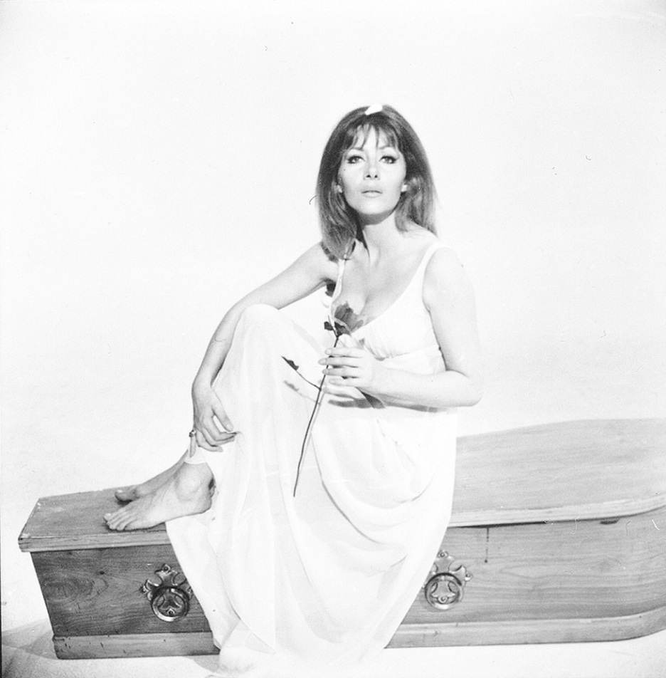 Ingrid Pitt was married three times and has one daughter Steffanie Pitt, also an actress. Ingrid stood only 5'4