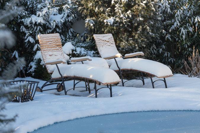 gartenblog zu gartenplanung gartendesign und gartengestaltung garten im winter. Black Bedroom Furniture Sets. Home Design Ideas