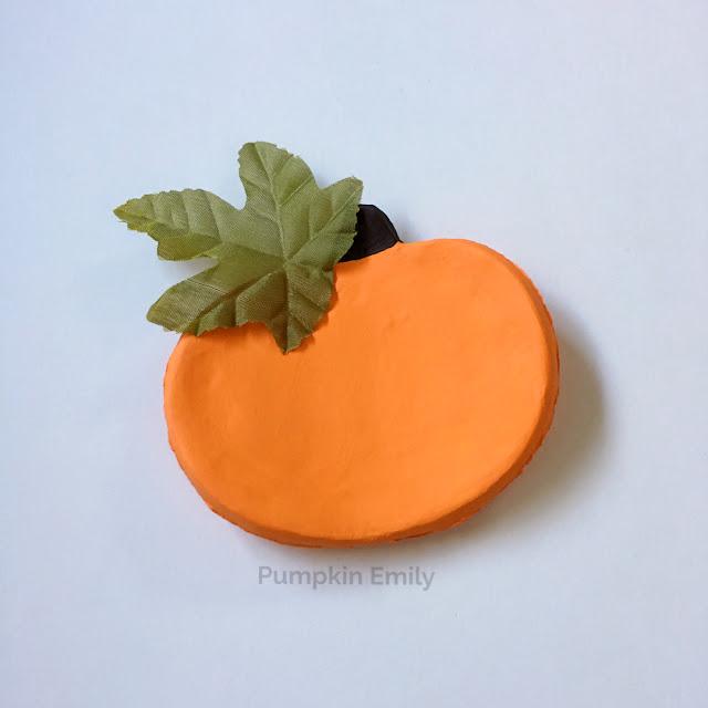 DIY Pumpkin Bowl Made with Air Dry Clay