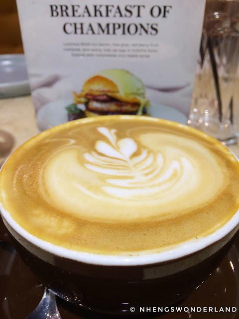Flat White Coffee - Le Petit Souffle