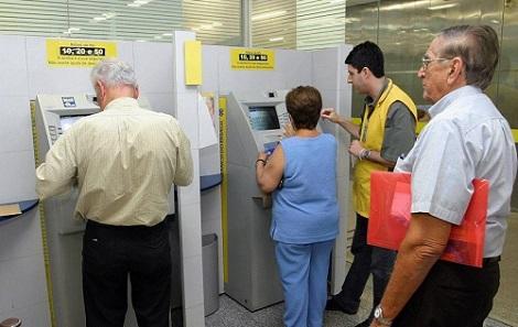 Resultado de imagem para INSS começa a pagar segunda parcela do 13º salário no dia 26