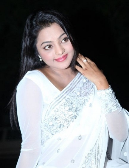 Actress kajal yadav looking gorgeous in white hot saree latest photos