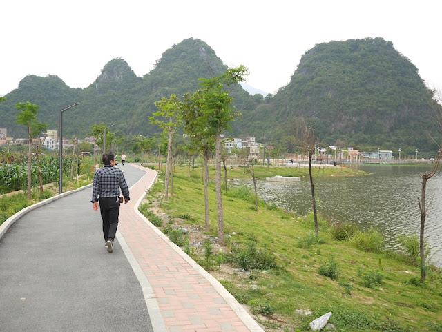 path at the Panlong Lake Scenic Area in Yunfu