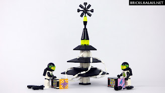 [MOC] Blacktron X-MAS tree