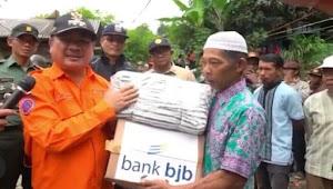 bank bjb Berbagi Kasih Dengan Masyarakat Garut Selatan Yang Terdampak Bencana