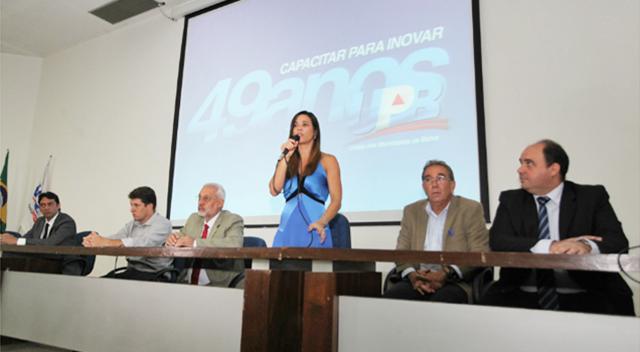UPB comemora aniversário assinando convênio com a Caixa Econômica Federal
