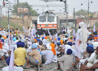 farmer-on-railway-track-farmer-protest