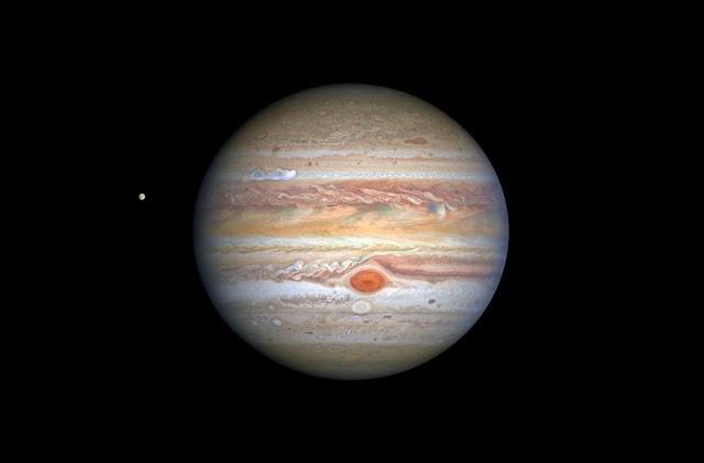 Com dados de 2003, astrônomo amador descobre mais uma lua de Júpiter