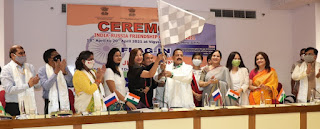 केंद्रीय मंत्री डॉ. जितेंद्र सिंह ने भारत-रूस मैत्री कार रैली, 2021 को हरी झंडी दिखाकर रवाना किया