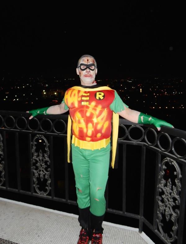 Dead Robin Halloween costume