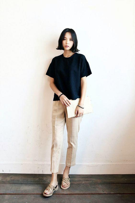 model Chino Dan T-shirt wanita kekinian