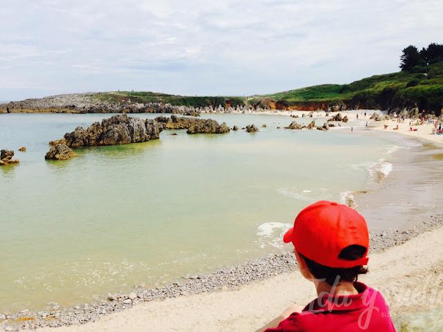 Observando las rocas de Toró