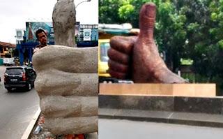 gambar patung Jempol
