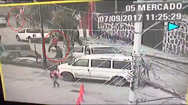 VIDEO: Asi es como comando de 30 sicarios atacan comandancia de la policía en Guanajuato